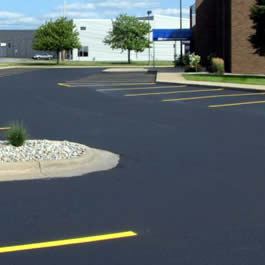 Fox River Valley Asphalt Driveway Installation Company near me